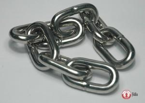 Nierdzewne łańcuchy